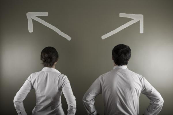 Self-reporting vs Delegated Reporting for EMIR, MiFIR & SFTR